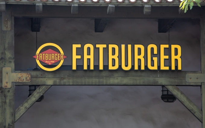 https://www.shutterstock.com/image-photo/santa-clarita-causa-july-272018-fatburger-1143594515