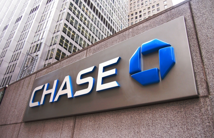 Chase Bank Settles Suit Over 'Sky-High' Credit Card Charges for Crypto Purchases