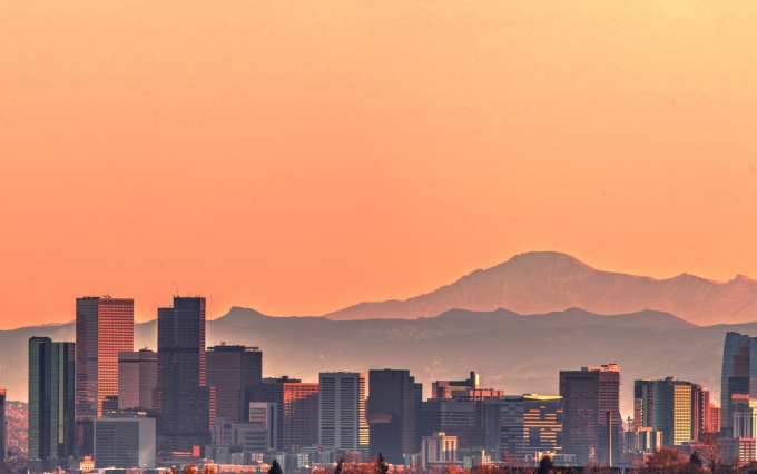 https://www.shutterstock.com/image-photo/denver-skyline-pikes-peak-sunset-super-1241196481
