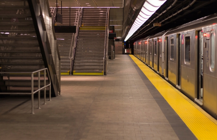 https://www.shutterstock.com/image-photo/empty-subway-station-new-york-1339446311