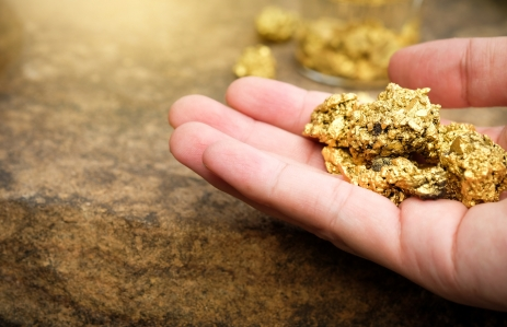 https://www.shutterstock.com/image-photo/pure-gold-ore-found-mine-hands-725776444