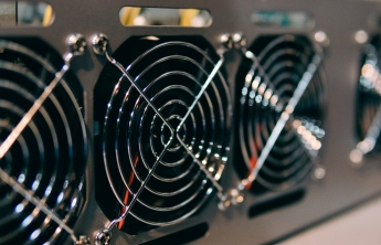 In 2021 how many people are mining cryptocurrency