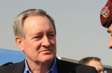 https://commons.wikimedia.org/wiki/File:U.S._Senator_Mike_Crapo_talks_with_Brig._Gen._Carmelo_Burgio_during_a_tour_(4278910462).jpg