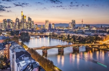 https://www.shutterstock.com/image-photo/frankfurt-germany-financial-district-skyline-173501681