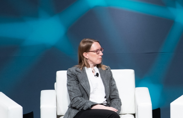 SEC Commissioner Peirce Chats About DeFi, Tokens and Her Unikrn Dissent at LA Blockchain Summit