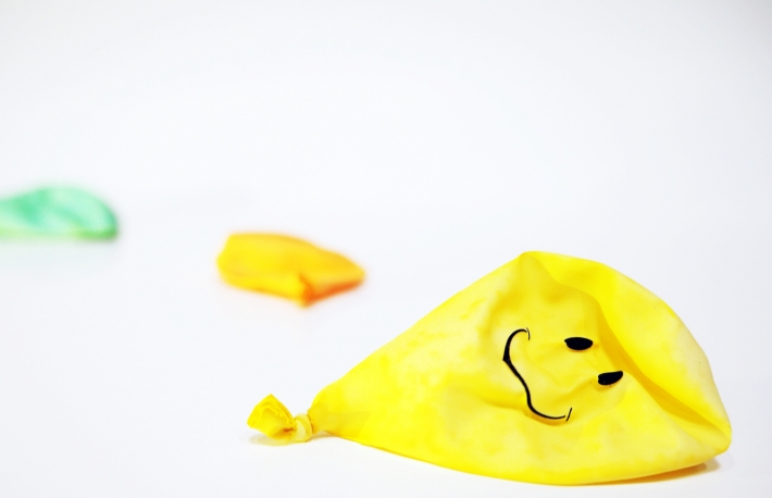 https://www.shutterstock.com/image-photo/deflated-smile-balloons-1042103449
