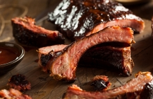 https://www.shutterstock.com/image-photo/homemade-smoked-barbecue-pork-ribs-ready-286882466