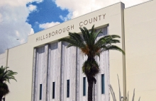 https://commons.wikimedia.org/wiki/File:Courthouse_%26_Confederate_Memorial-Hillsborough_County,_Florida.jpg