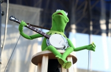 """NEWPORT, RHODE ISLAND - JULY 28: Kermit the Frog performs during the """"If I Had A Song"""" tribute set during day three of the 2019 Newport Folk Festival at Fort Adams State Park on July 28, 2019 in Newport, Rhode Island. (Photo by Mike Lawrie/Getty Images)"""