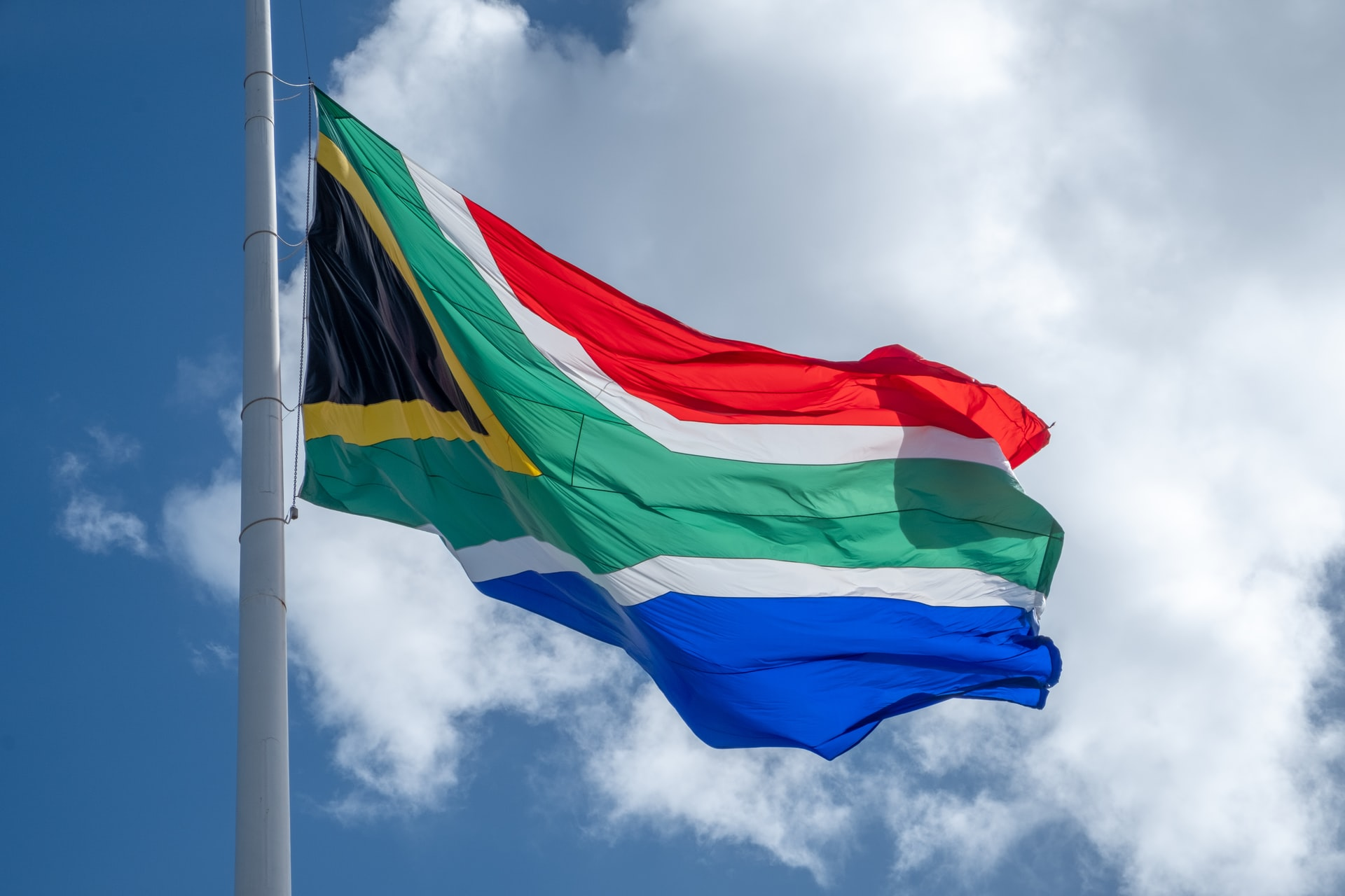 South African Banks Block Crypto Trading on International Exchanges: Report