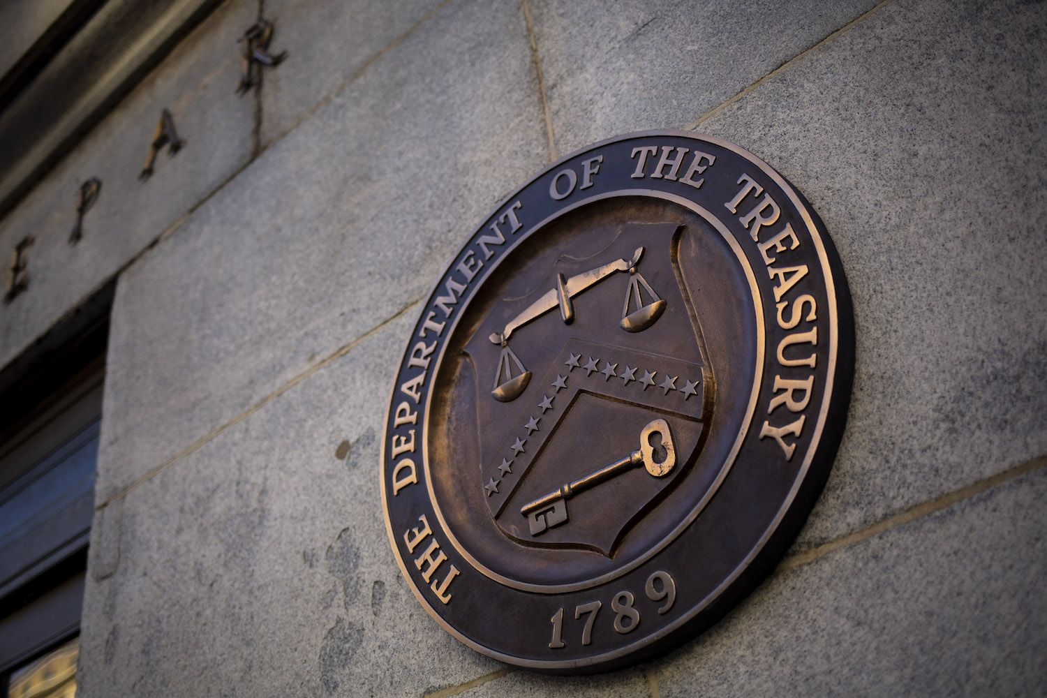IRS, in Boon to Crypto, Will Reportedly Ignore Infrastructure Bill's Definition of Broker: Bitcoin Rises