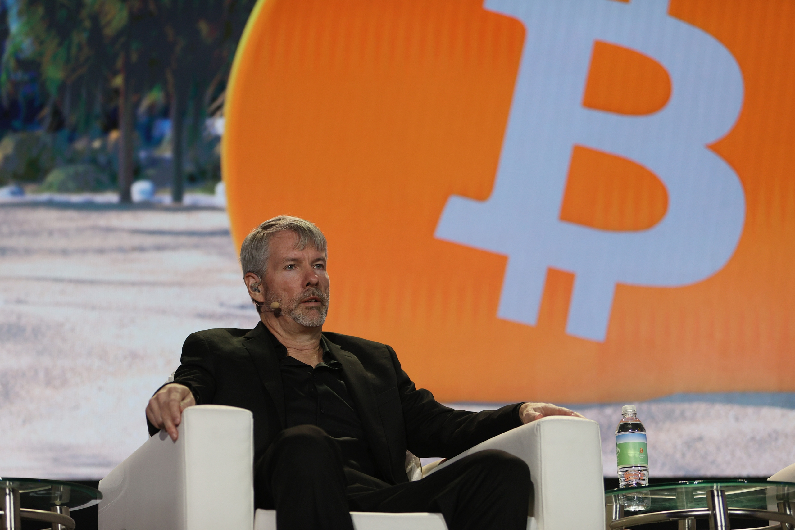 Saylor's MicroStrategy Buys Another $177M of Bitcoin